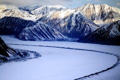Kluane nationalpark och reserv, glaciärsikter Arkivfoto
