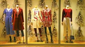 KlubbaMonaco boutique för kvinnor Royaltyfri Bild