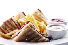Klubbasmörgås med kött och gräsplan Royaltyfri Foto