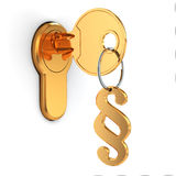 Klucz i paragrap na białym odosobnionym tle. Fotografia Royalty Free