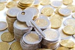 Klucz i pieniądze Obraz Stock