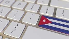 Klucz z flagą Kuba na komputerowej klawiatury zmianach wpisywać z flagą Chiny, przekład lub przeniesienie, odnosić sie ilustracja wektor