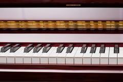 Klucze czerwony pianino obraz royalty free