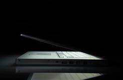 kluczowego laptopu niski boczny widok Zdjęcia Royalty Free