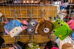 Kluczowy łańcuch przy pamiątkarskim sklepem w Tajlandia handmade fotografia stock
