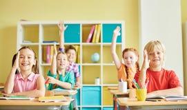 Kluge Kinder Lizenzfreie Stockfotos