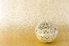 Klumpa ihop sig guld- jul för tappning blänker på guld- textur Arkivbild
