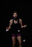 Klumpig jonglör på cirkusen Arkivfoton