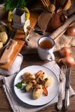 Kluski de Szare - boulettes polonaises de pomme de terre Image libre de droits