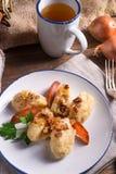 Kluski de Szare - boulettes polonaises de pomme de terre Photos stock