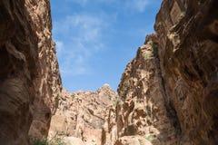 1 2km长的道路(Siq)向Petra城市,约旦 库存图片