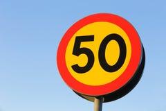 Km/tim för hastighetsbegränsning 50 Royaltyfri Bild