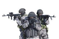 Kämpfen Sie gegen Terrorismus, Soldat der besonderen Kräfte, mit Sturmgewehr, Polizeifliegenklatsche Lizenzfreie Stockbilder