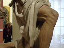 Knä av St Jerome av Pietro Torrigiano royaltyfria bilder