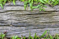 knäcker gammalt trä royaltyfria foton