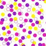 Knäppas den sömlösa modellen för vektorn med den slumpmässiga färgrika violeten, guling och magentafärgad färg för ros på vit bak Royaltyfri Foto