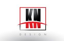 KN K N Logo Letters avec des couleurs et le bruissement rouges et noirs Photo stock