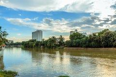 Knacka floden Fotografering för Bildbyråer
