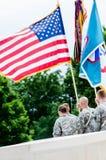 Knackar lätt på ceremoni av Liberty Memorial Royaltyfri Bild