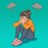 Knall Art Upset Young Girl Sitting auf dem Boden Deprimierte schreiende Frau Druck und Verzweiflung Stockfotos