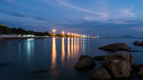 Knall Saen-Strand nachts lizenzfreies stockbild
