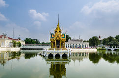 Knall-Schmerz-Palast in Ayutthaya, Thailand Stockfotografie