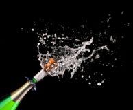 Knallende champagne Stock Foto's