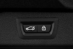 Knapp för bokslut för bilstam Arkivbilder