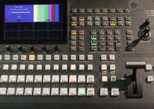 Knapp på kontrollbordtelevisionutrustningen Arkivbild