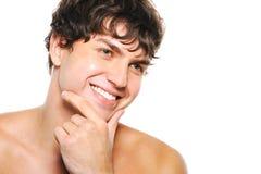 Knappe gelukkige mens met schoon-geschoren gezicht royalty-vrije stock afbeeldingen