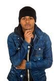 Knappe jonge mens, stellende mannequin, gekleed in jeans royalty-vrije stock foto