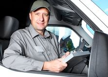 Knappe vrachtwagenchauffeur. Royalty-vrije Stock Afbeeldingen