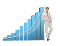 Knappe zakenman met grote 3d grafiek Stock Afbeeldingen