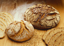 Knapperig brood Royalty-vrije Stock Afbeeldingen