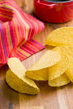 Knapperige tacoshells Stock Foto's