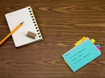Kniaź; Uczyć się Nowych Językowych Writing słowa na notatniku Obrazy Royalty Free