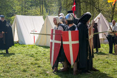 Knight игры во время дальше ярмарки фантазии эльфа Стоковая Фотография