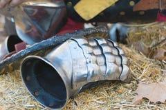 Knights il guanto durante il festival di Nottingham immagine stock libera da diritti