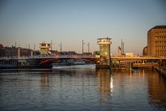 Knippelbridge dans le port de Copenhague denmark photos stock