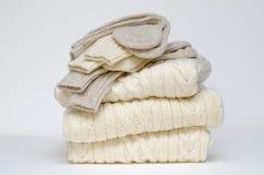 Knits de laine irlandais traditionnels d'Aran photographie stock libre de droits