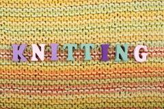 knitting Gebreide stoffentextuur Word van ABC-alfabetbrieven die wordt samengesteld royalty-vrije stock foto's