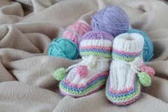 Knitting leisure in time of pregnancy Royalty Free Stock Photo