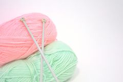Knitting needles and yarn Royalty Free Stock Image