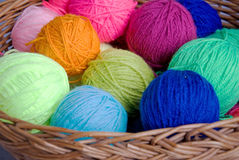Knittingbasket and wool Royalty Free Stock Images