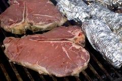 Knochen-Steak Lizenzfreie Stockbilder
