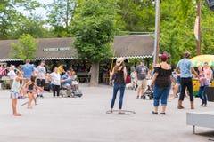Knoebels é um parque de diversões da entrada gratuita para famílias imagem de stock
