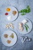 Knoflook Chili Cilantro Spices Cashews stock foto