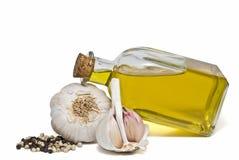 Knoflook, peper en olijfolie. Royalty-vrije Stock Afbeelding
