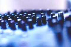 Knopf, zum des Lautstärkereglers zu justieren lizenzfreie stockfotos