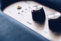 Knopp för musikvolymkontroll arkivfoton